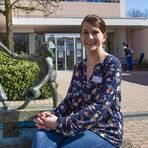 Nadine Meister ist Sozialdienstleiterin im Altenpflegeheim an der Fasanerie. Foto: Vollformat/Volker Dziemballa
