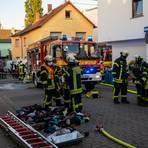 Die Feuerwehr in Wallau löschte die brennenden Kleidungsstücke.  Foto: wiesbaden112.de