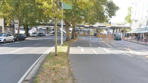 Die beiden inneren Fahrbahnen des Anlagenrings (links im Bild) sollen nach dem von Jörg Bergstedt vorgestellten Konzept durchgängig zu Fahrradstraßen werden. Foto: ee