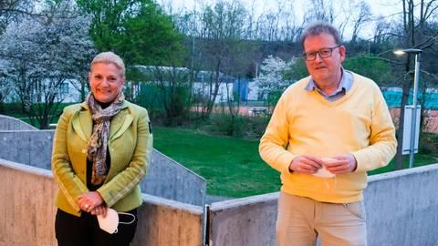 CDU, FDP und Freie Wähler haben Klaus Dieter Greilich zum Ortsvorsteher und Anja Helmchen zur Stellvertreterin gewählt.   Foto: Jung