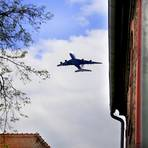 Anwohner des Frankfurter Flughafens müssen Schallschutzfenster in der Regeln selbst bezahlen.  Archivfoto: Andreas Kelm
