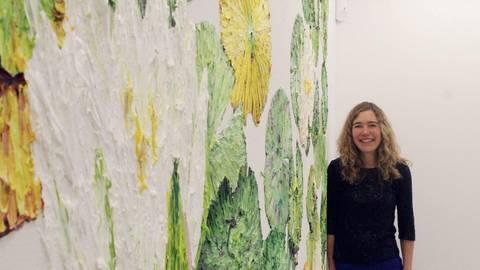 Katharina Gierlach beschäftigt sich seit einiger Zeit mit Landschaft und Pflanzen Foto: hbz/Jörg Henkel