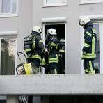 Nur mit Atemschutzgeräten geht es bei vielen Feuerwehr-Einsätzen in die erste Reihe. Der Ausbildungsstopp bremst jetzt auch den motivierten Nachwuchs aus. Archivfoto:Jens Etzelsberger