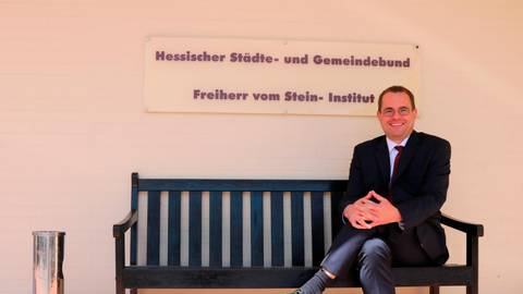 David Rauber ist neuer Direktor des hessischen Städte- und Gemeindebundes mit Sitz in Mühlheim.  Foto: Jörgen Linker