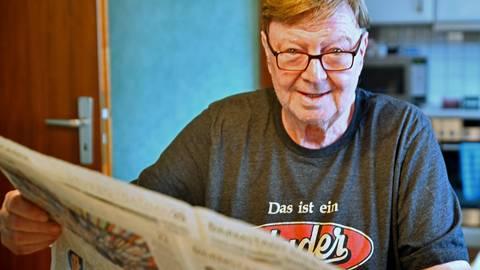 """Der Morgen bei Dieter Hader: Das """"Echo"""" gehört dazu. Foto: Klaus Holdefehr"""