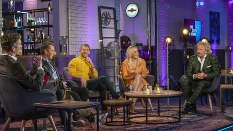 """Ziemlich weißes Podium: Jürgen Milski, Micky Beisenherz, Janine Kunze und Thomas Gottschalk diskutierten in der Sendung """"Letzte Instanz"""" über Alltagsrassismus.        Foto: ARD"""