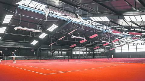 In den Tennis-Hallen darf in Rheinland-Pfalz nun doch nicht gespielt werden – entgegen der bundesweiten Regelung. Archivfoto: René Vignéron