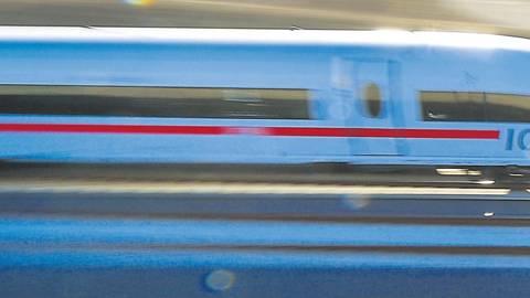 Für ihr Hochgeschwindigkeitsnetz setzt die Deutsche Bahn auf den ICE. Darmstadt auch.  Foto: dpa