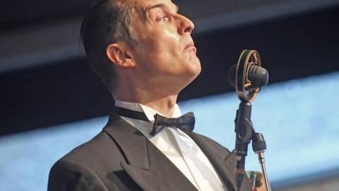 Gegeltes Haar, leicht arroganter Gesichtsausdruck: Denis Wittberg in Dexheim. Foto: hbz/Michael Bahr  Foto: hbz/Michael Bahr