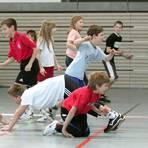 Schulsport – wie hier vor Corona – soll Kindern und Jugendlichen Spaß an der Bewegung vermitteln. Archivfoto: Karl-Heinz Bärtl