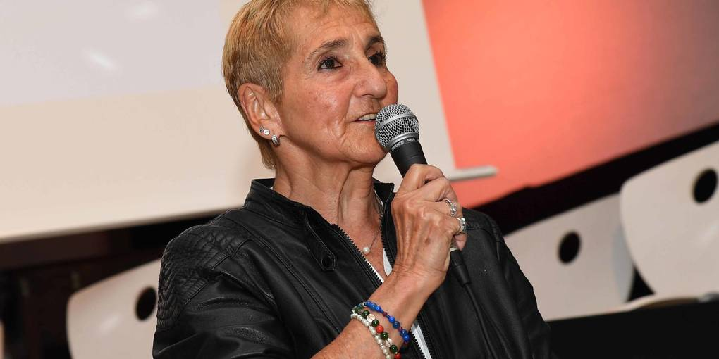 Erika Rosenberg war zu Gast an der Integrierten Gesamtschule Anna Seghers. Foto: hbz/Schäfer