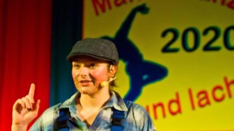 Der Lotto-Millionär: Sophea Gräff begeisterte die Mandeler Narren mit ihrem Auftritt in der Bütt. Foto: Wolfgang Bartels