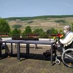 Besuch auf der Terrasse: etwas Freiheit nach Wochen der Zimmerquarantäne. Foto: Stift