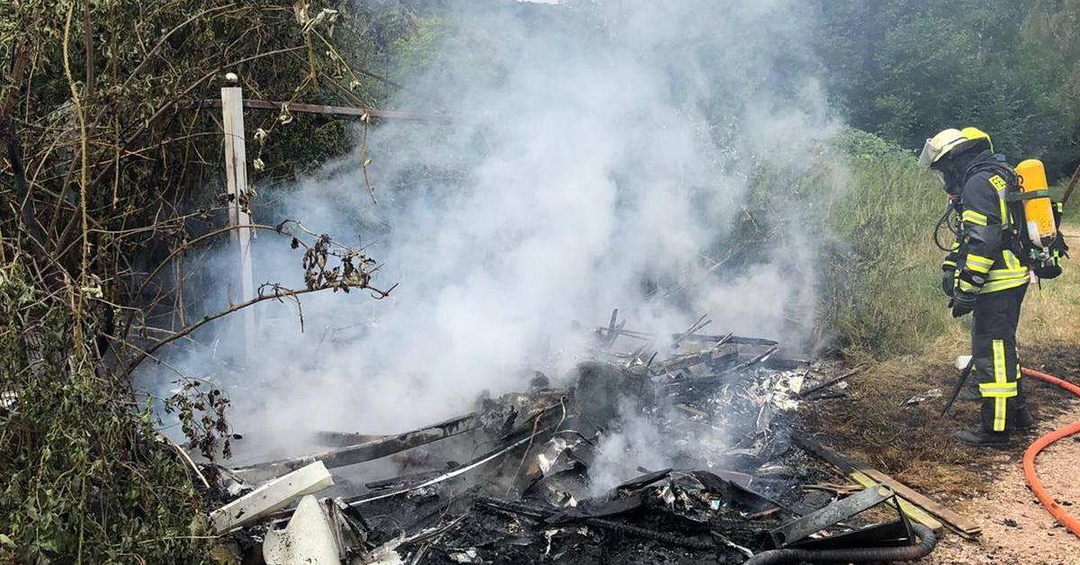 Wohnwagen brennt in Norheim komplett ab - Allgemeine Zeitung