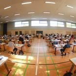 Die Stadtverordneten in Wiesbaden bei der Diskussion um die Abstimmung für die City-Bahn.  Foto: Lukas Görlach