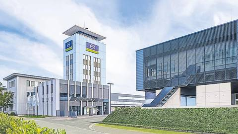 Die Unternehmenszentrale der Schunk Group in der Rodheimer Straße in Heuchelheim.  Foto: Schunk Group