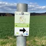 """Der Wanderweg """"Mensch und Natur"""" in dem Hungener Stadtteil Langd wurde vom Verein aus eigenen Mitteln angelegt und wird auch entsprechend ehrenamtlich unterhalten. Foto: Parr"""