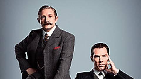 Dr. John Watson (Martin Freeman, li.) und Sherlock Holmes (Benedict Cumberbatch) befinden sich im Jahr 1895.  Foto: ARD Degeto/BBC/Hartswood Films