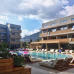 """Der Pool ist das Zentrum des jungen Hotels """"Cooks Club"""". Foto: Liudmila Kilian"""