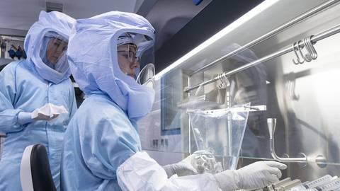 Bis zu 2,5 Milliarden Impfdosen sollen in diesem Jahr durch Biontech hergestellt werden. Foto: dpa