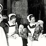 Ganz ernst ging es auch bei der Ausbildung in der Diakonie Kaiserswerth nicht immer zu, wie diese undatierte Aufnahme zeigt. Archivfoto: Fliedner-Kulturstiftung Kaiserswerth/KurpfälzischesMuseum