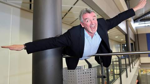 Ihm scheint das Lachen nicht zu vergehen: Ryanair-Chef Michael O'Leary. Archivfoto: dpa
