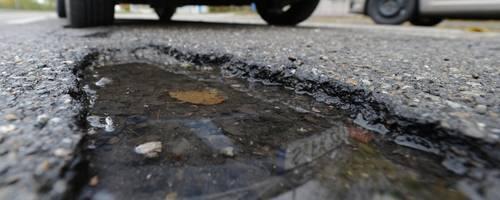 Der HSGB hat das Bürgerbegehren gegen wiederkehrende Straßenbeiträge in Hungen als unzulässig eingestuft. Archivfoto: dpa