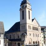 Bei den Katholiken gibt es die meisten Sitzplätze in St. Elisabeth in Bad Schwalbach. Archivfoto: Martin Fromme