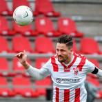 Blickt einer weiteren Regionalliga-Saison entgegen: Hendrik Starostzik und der FC Gießen dürfen nach der Entscheidung der Regionalliga Südwest GbR den Klassenerhalt als fast sicher betrachten. Foto: Huebner