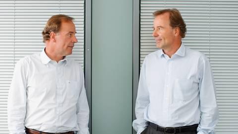 Selfmade-Milliardäre mit großen Zielen: Andreas (links) und Thomas Strüngmann.           Foto: Armin Brosch