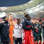 Spieler von Mainz freuen sich über den Sieg. Foto: dpa