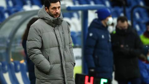 Frostige Temperaturen, erwärmende Ergebnisse: Die Arbeit von Trainer Sandro Schwarz trägt in Russland Früchte. Foto: imago/TASS