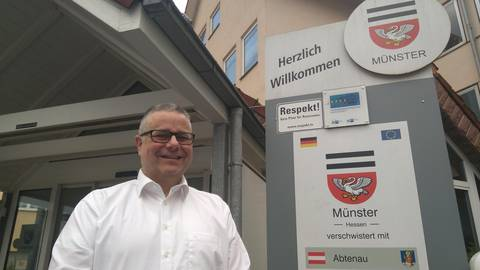 Joachim Schledt zieht als neuer Bürgermeister in Münster im Gespräch mit dem ECHO Halbjahresbilanz und blickt voraus. Foto: Reinhard Jörs