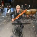 Der Solist ist ein Teamplayer: Sergio Azzolini bei der Vorbereitung seines Darmstädter Konzerts. Foto: Dirk Zengel