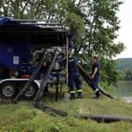 Das THW versucht den Sauerstoffgehalt des Pfordter Sees zu verbessern. Foto: Weitzel