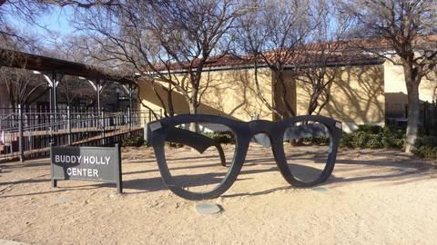 Die Buddy Holly Avenue in Lubbock erinnert an den verstorbenen Sänger. Foto: Pia Hoffmann