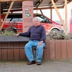 Werner Geyer hat sich viele Jahrzehnte ehrenamtlich für sein Heimatdorf Diebach am Haag engagiert. Für einen Sitz im Ortsbeirat kandidiert der Mann, der im November 80 wird, bei der anstehenden Kommunalwahl nicht mehr. Foto: Leo
