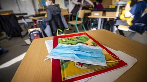 An der Goethe-Grundschule in Mainz hat vor einer Woche der Wechselunterricht begonnen. An den weiterführenden Schulen soll der Wechselunterricht nächste Woche beginnen.  Foto: Lukas Görlach
