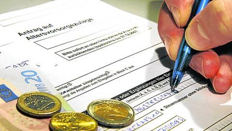Derzeit werden nur noch wenige neue Riester-Verträge abgeschlossen. Foto: dpa