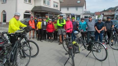 Auch eine E-Bike-Tour stand auf dem Programm der Senioren-Aktiv-Tage.  Foto: Harald Gran