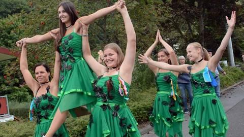 """Auch die Tanzgruppe """"Music Sensation"""" beteiligt sich am Kerbeumzug durch Obergladbach.Foto: wita/Martin Fromme  Foto: wita/Martin Fromme"""