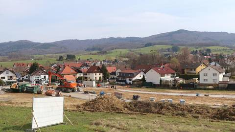 Es geht weiter im Baugebiet Krehberg bei Zotzenbach. Foto: Katja Gesche
