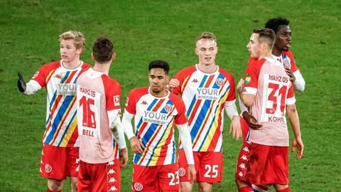 Der 1. FSV Mainz 05 holt sich im Spiel gegen Union Berlin drei wichtige Punkte. Foto: Lukas Görlach.