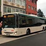 Aus dem Linienbus 390 ist die X33 geworden. Beim Buseinstieg im hinteren Bereich ist die Mitnahme von Fahrrädern kostenlos möglich. Wie gewohnt gilt dies auch für Kinderwagen, Rollatoren oder das Befahren mit Rollstühlen. Foto: NVV