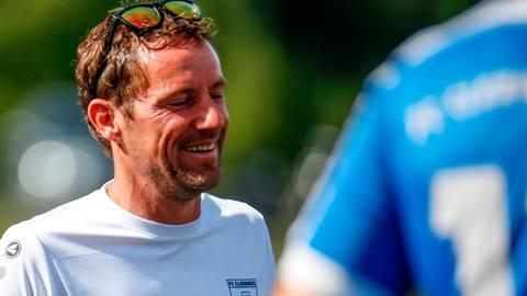 Hat nach seiner Vertragsverlängerung gut lachen: Daniel Schäfer, Trainer des FC Cleeberg. Foto Nick Fingerhut