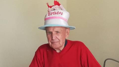 Paul Schuhmann bei seiner Geburtstagsfeier. Foto: Kursana