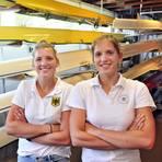 Luise (links) und Annabelle Bachmann, hier auf einem Foto aus dem vergangenen Jahr, ruderten erstmals gemeinsam im Doppelzweier. Und das mit Erfolg. Archivfoto: Edgar Daudistel
