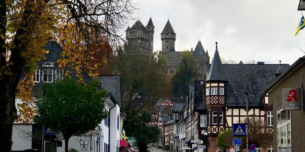 Braunfels soll nicht nur für Touristen, sondern auch für seine Bürger attraktiv bleiben. Die Stadt will daher in Kitas, Straßenbau und Feuerwehr investieren. Foto: Jenny Berns