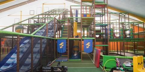 Indoor Spielplatz Dschungelcamp Soll In Drei Wochen
