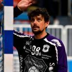 Kann es nicht glauben: Nikolai Weber und der TV Hüttenberg erleben derzeit, dass Corona auch vor dem Sport nicht haltmacht. Foto: Mathias Lehmann